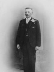 1937-1938  L Paterson